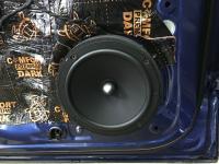Установка акустики Focal Universal ISU200 в Skoda Karoq