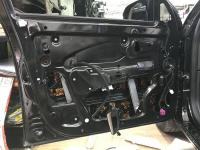 Установка Comfort Mat Dark D2 в Lada Vesta