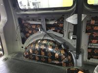 Установка Comfort Mat Dark D3 в Volkswagen Caravelle T5