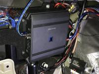 Установка усилителя Alpine S-A60M в Mitsubishi Pajero Sport III