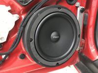 Установка акустики Focal Universal ISU200 в Audi TT