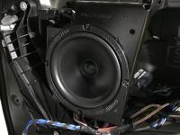 Установка акустики Ground Zero GZRC 165.2SQ в Mercedes V class (W447)