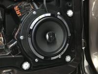 Установка акустики Focal Performance PC 165 в Volkswagen Touareg II NF
