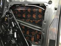Установка Comfort Mat Dark D2 в Volkswagen Caravelle T6.1