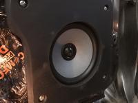 Установка акустики Morel Tempo Ultra Integra 602 в Mitsubishi Pajero IV