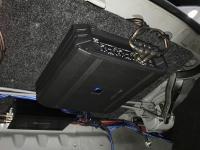 Установка усилителя Alpine S-A32F в Lada Granta
