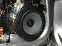 Установка акустики Morel Tempo Ultra Integra 602 в Volkswagen Polo V