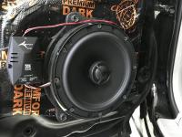 Установка акустики Morel Tempo Coax 6 в Nissan X-Trail (T30)