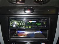 Фотография установки магнитолы Pioneer DEH-6310SD в Chevrolet Lacetti