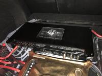 Установка усилителя Soundstream HRU.4 в Toyota Camry V70