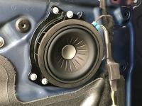 Установка акустики Eton B 100 W в BMW X2 (F39)