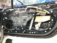 Установка Comfort Mat Dark D2 в Mazda MX-5