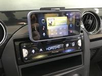 Фотография установки магнитолы Pioneer SPH-10BT в Mazda MX-5