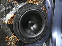 Установка акустики Ground Zero GZRC 165.2SQ в Toyota RAV4.3