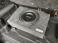 Установка сабвуфера Eton Move M10 Flat в Mercedes GLC (X253)