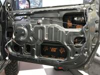 Установка Comfort Mat Dark D2 в Suzuki Jimny