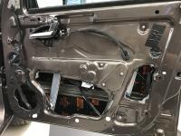 Установка Comfort Mat Dark D2 в Lada Vesta SW