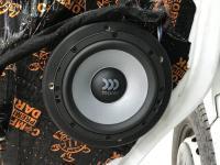 Установка акустики Morel Maximo Ultra 602 в Renault Master