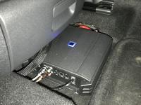 Установка усилителя Alpine S-A60M в Volkswagen Tiguan II