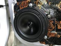 Установка акустики Ground Zero GZRK 165SQ в Renault Arkana