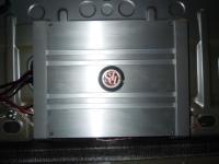Установка усилителя DLS MA23 в Volkswagen Passat