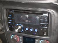 Фотография установки магнитолы JVC KW-XR417EE в Chevrolet TrailBlazer
