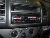Фотография установки магнитолы Sony CDX-GT450U в Nissan Note