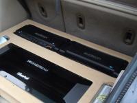 Установка усилителя Audison SR 4 в Dodge Caliber