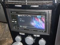 Фотография установки магнитолы Pioneer AVH-P3300BT в Opel Astra H