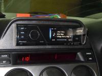 Фотография установки магнитолы Pioneer MVH-8300BT в Mazda 6 (I)