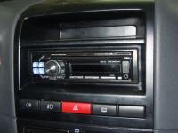 Фотография установки магнитолы Alpine CDE-112Ri в Fiat Albea