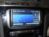Фотография установки магнитолы Alpine IVA-W520R в Ford S-MAX