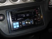 Фотография установки магнитолы Alpine CDE-W203Ri в Honda Integra
