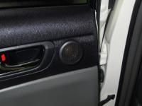 Установка акустики DLS UR1 в Toyota Prius