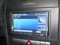 Фотография установки магнитолы Alpine IVA-W520R в Mercedes SLK