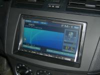 Фотография установки магнитолы Alpine IVA-W520R в Mazda 3 (II)