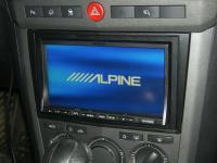 Фотография установки магнитолы Alpine IVA-W520R в Opel Antara
