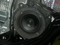 Установка акустики Morel Maximo Coax 5 в Peugeot 207