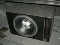 Установка сабвуфера JBL GT5-12 vented box в Mitsubishi Lancer