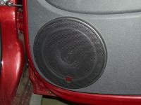 Установка акустики Morel Maximo Coax 6 в Renault Sandero