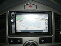 Фотография установки магнитолы Philips CID2680 в KIA Carens
