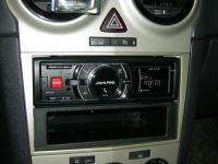 Фотография установки магнитолы Alpine iDA-X311RR в Opel Corsa D