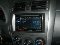 Фотография установки магнитолы Pioneer AVH-1400DVD в Toyota Corolla X