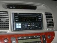 Фотография установки магнитолы Alpine CDE-W233R в Toyota Camry