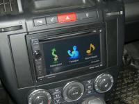 Фотография установки магнитолы Pioneer AVIC-F930BT в Land Rover Freelander 2