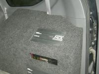 Установка усилителя MTX RT500.1D в Toyota Land Cruiser 120