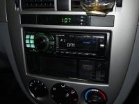 Фотография установки магнитолы Alpine CDE-9880R в Chevrolet Lacetti