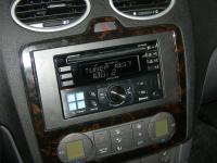 Фотография установки магнитолы Alpine CDE-W235BT в Ford Focus 2