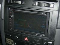 Фотография установки магнитолы Pioneer AVIC-F930BT в Volkswagen Touareg