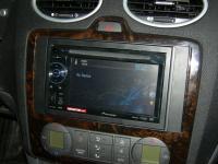 Фотография установки магнитолы Pioneer AVH-1400DVD в Ford Focus 2